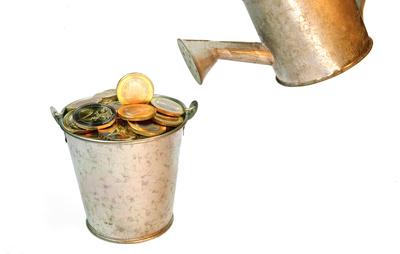 Sachwerte sind heutzutage eine eindeutig lukrativere Geldanlage als Sparbücher und Festgeld